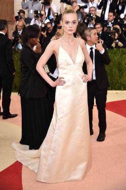 met-gala-2016-best-dresses-top-celebrity-fashion-dress-elle-fanning-thakoon-dress-red-carpet