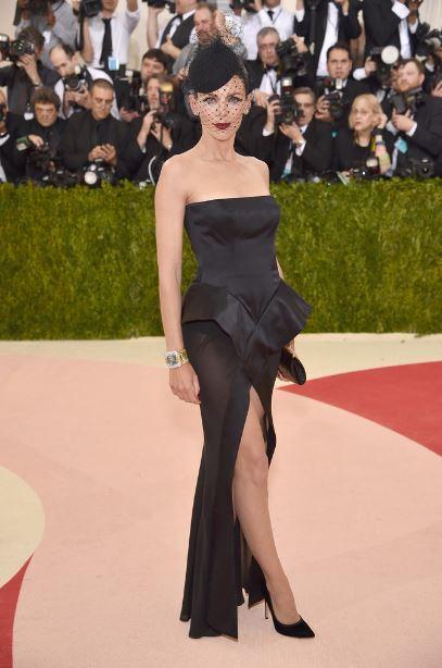 met-gala-2016-best-dresses-top-celebrity-fashion-dress-liberty-ross-red-carpet