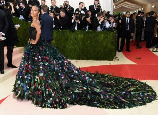 met-gala-2016-best-dresses-top-celebrity-fashion-dress-zoe-saldana-red-carpet
