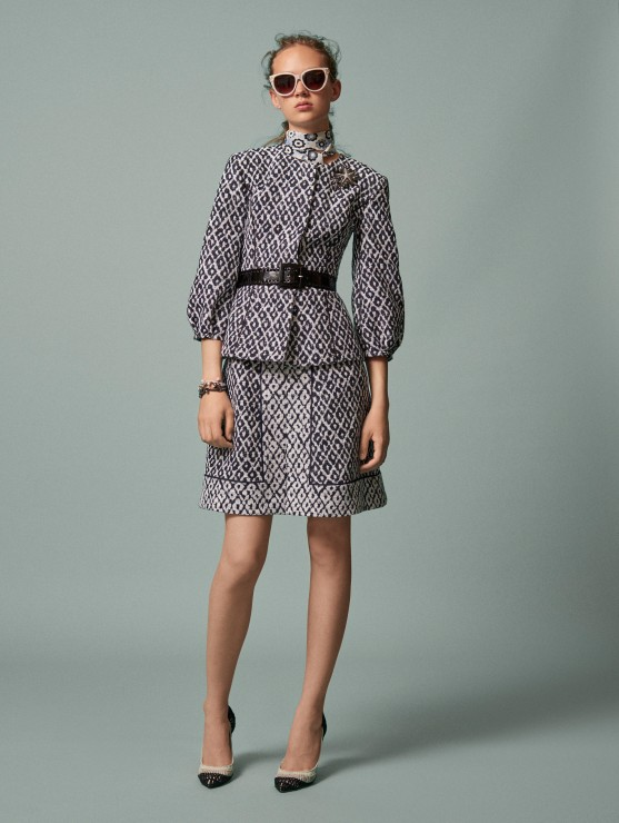 oscar-de-la-renta-resort-2016-fashion-collection-dress-outfit (14)-grey-black-belt