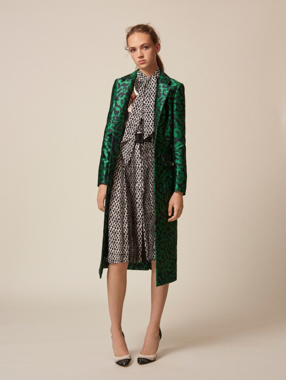 oscar-de-la-renta-resort-2016-fashion-collection-dress-outfit (15)-green-coat