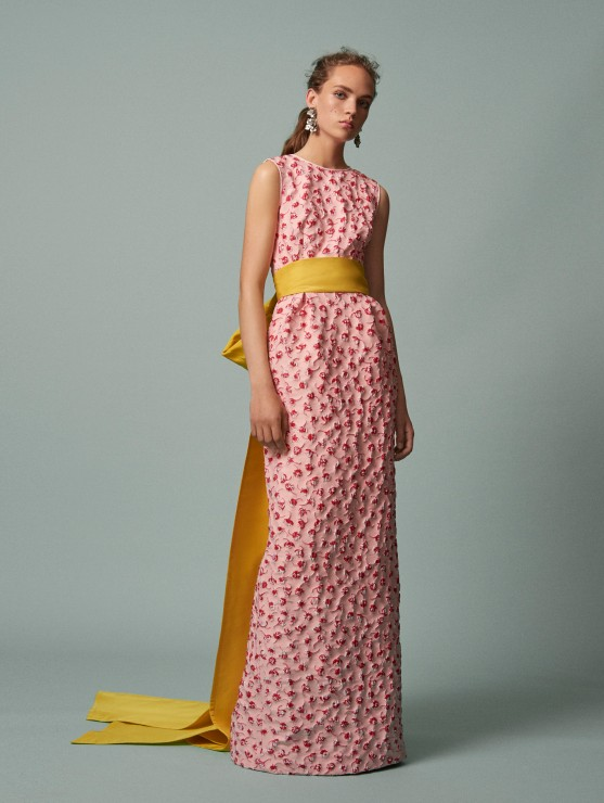 oscar-de-la-renta-resort-2016-fashion-collection-dress-outfit (31)-pink-party-gown-yellow-belt