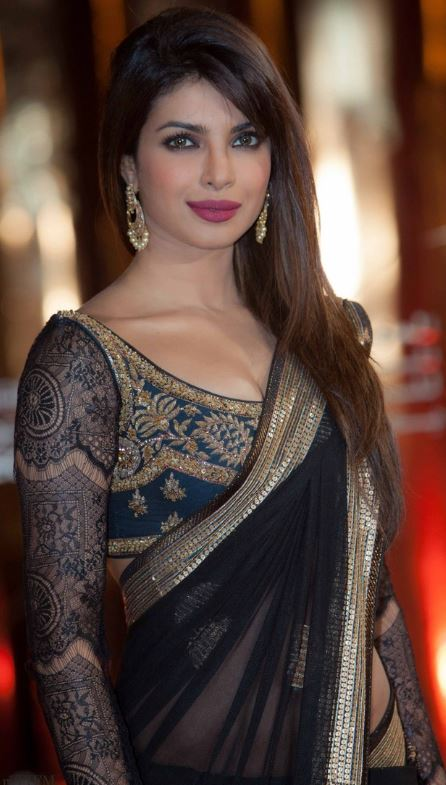 priyanka-chopra-indian-saree-net-sleeve-blouse-makeup-hairstyle-latest-trends-designs-celebrity