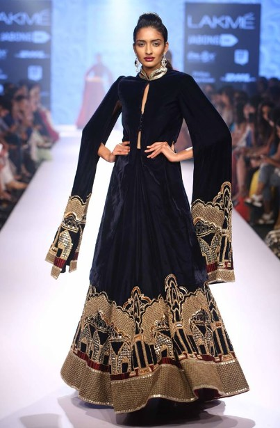 top-indian-suit-trends-designs-neeta-lulla-2016-black-high-neck-collar
