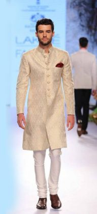 Best-top-wedding-sherwanis-for-men-designer-raghavendra-ratore-indian-groom-wear-2016