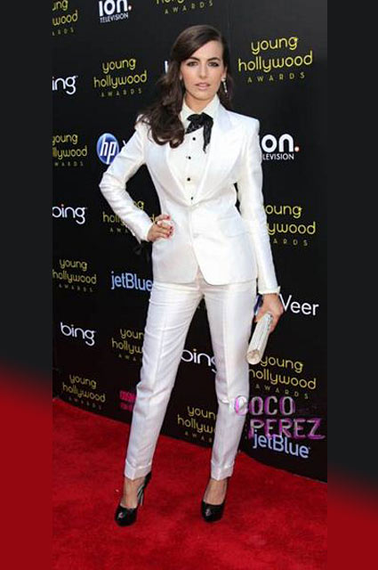 Camilla-Belle-formal-look-outfit-white-tux-womens-tuxedo-skinny-pants-black-tie