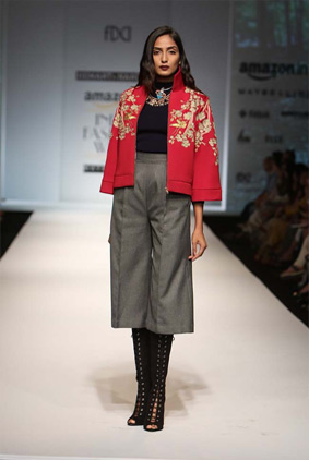 Hemant-nandita-indian-fashion-autumn-winter-aifw-2016-red-jacket