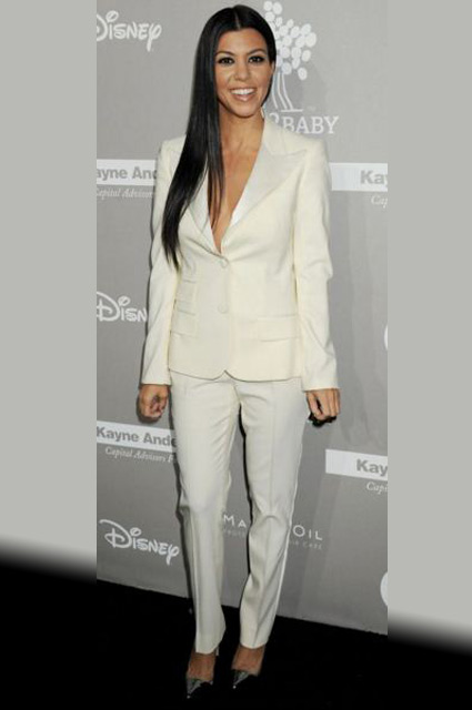Kourtney-Kardashian-white-tux-formal-look-outfit-tuxedo-red-carpet