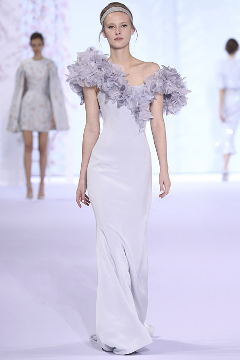 Ralph-&-Russo-SS16-spring-summer-2016-gown-lavender
