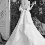 Top-trends-bridal-gowns-over-skirt-layered-sequin-white-color-designer-carolina-herrera-2016