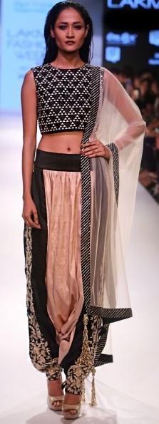 best-indian-suit-trends-designs-payal-singhal-crop-top-aladin-pant-party-wear-2016