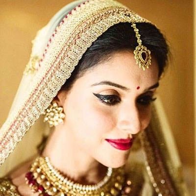 bridal-makeup-looks-ideas-latest-tips-gold-asin-celebrity-wedding-dulhan