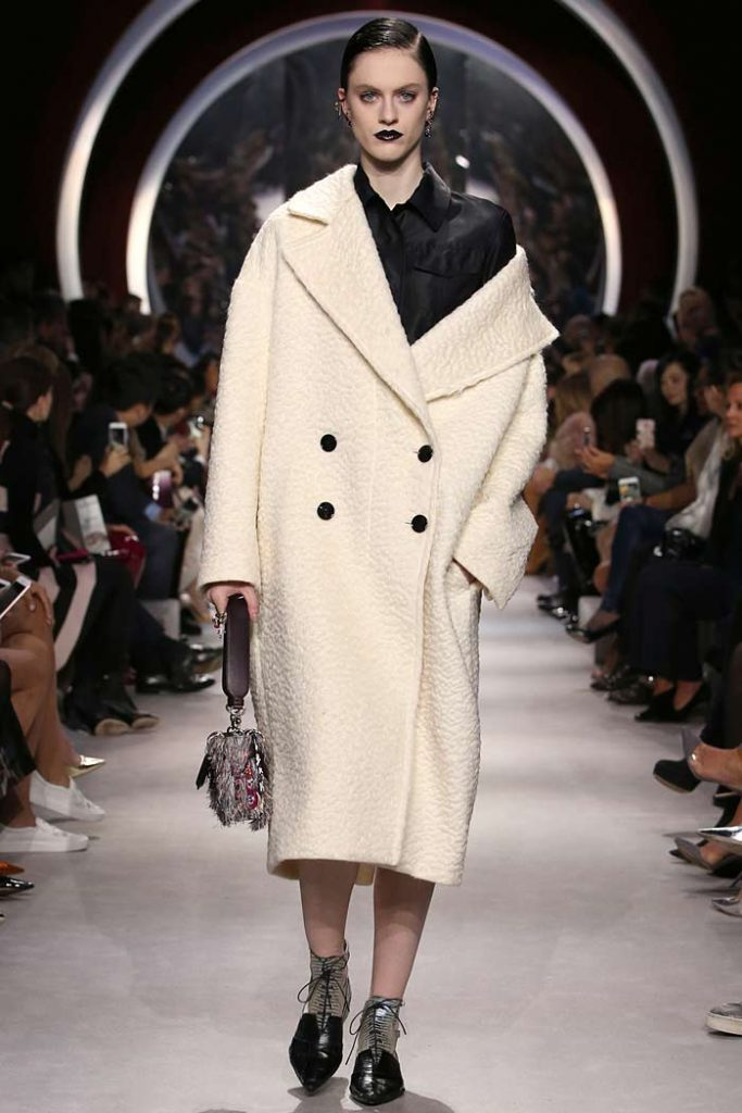 dior-fall-2016-winter-2017-fw16-rtw-fashion-collection-dresses-(55)