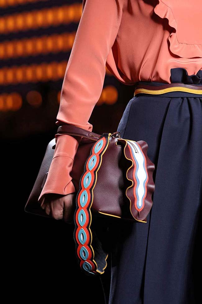 fendi-fw16-rtw-fall-winter-2016-ready-to-wear-accessories-detail-handbag-brown