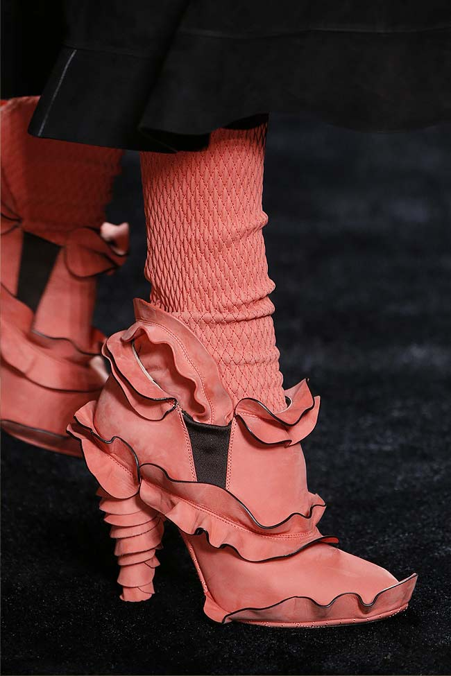 fendi-pink-coral-red-shoes-fw16-fall-winter-2016-latest-fashion-trends