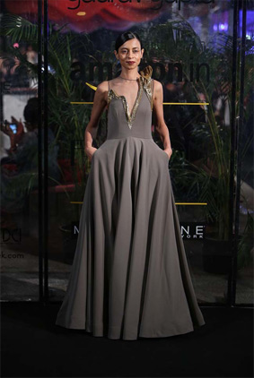 gaurav-gupta-indian-fashion-autumn-winter-2016-grey-gown