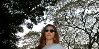 indian-fashion-blogger-shilpa-ahuja-dior-split-best-sunglasses-blue-sweater-look
