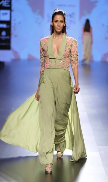latest-indian-suit-trends-designs-neeta-lulla-sequenced-top-high-waist-pant-2016