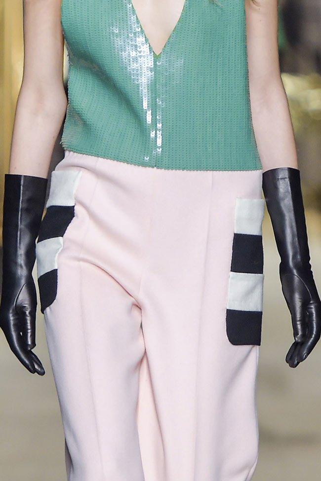 max-mara-long-leather-gloves-fw16-fall-winter-2016-latest-fashion-trends