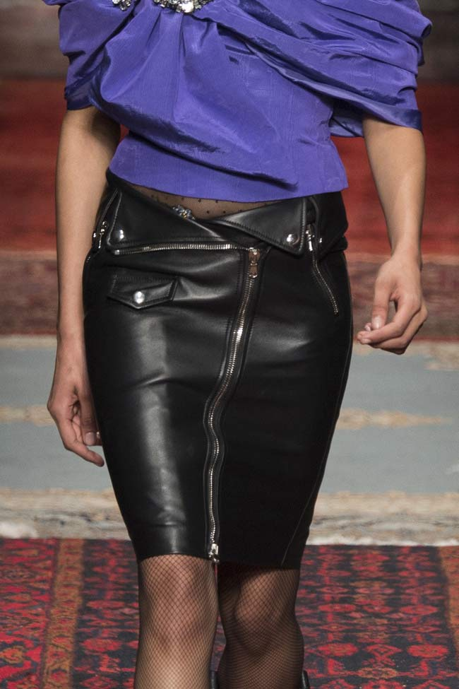 moschino-leather-skirt-mini-fw16-fall-winter-2016-latest-fashion-trends