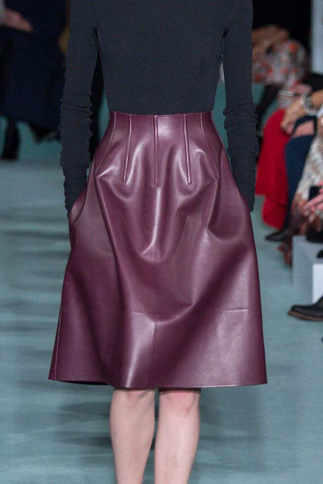 oscar-de-la-renta-leather-skirt-mini-fw16-fall-winter-2016-latest-fashion-trends