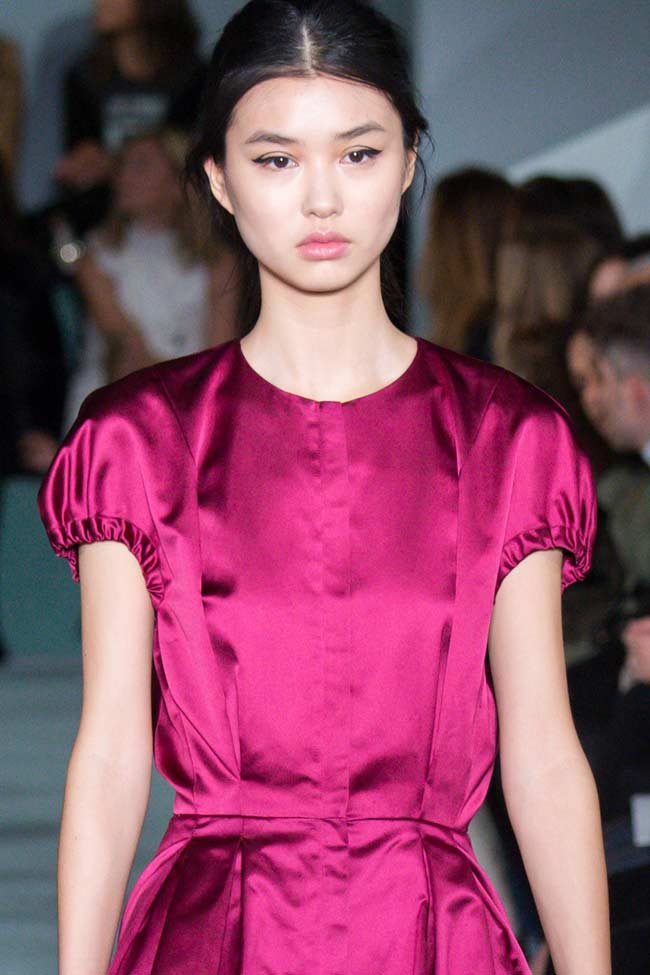 oscar-de-la-renta-puffed-sleeves-fw16-fall-winter-2016-latest-fashion-trends