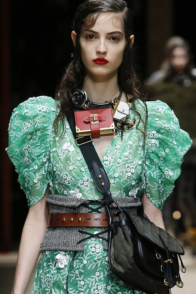 prada-green-dress-poofy-sleeves-fw16-fall-winter-2016-latest-fashion-trends
