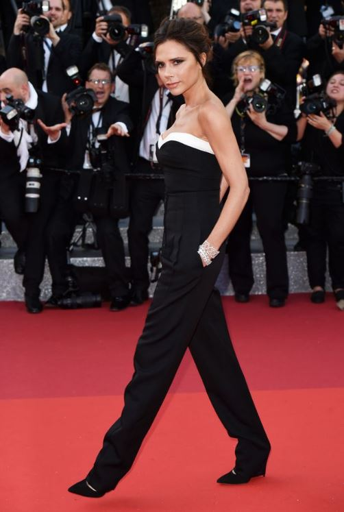 victoria-beckham-cannes-2016-black-jumpsuit-red-carpet-fashion-celebrity-look