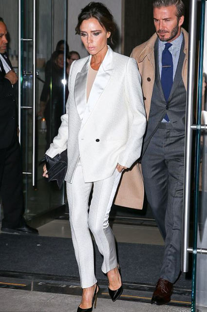 victoria-beckham-tuxedo-formal-look-outfit-party-look-classic-white
