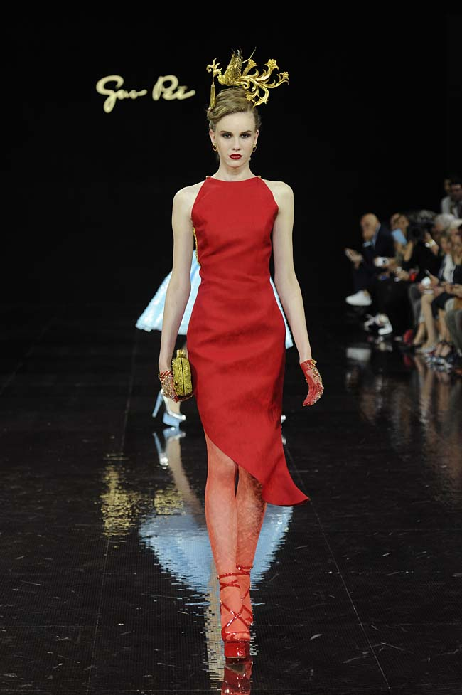 21-guo-pei-fw16-haute-couture-bold-red-dress-western-outfit-fall-winter-2016-17-dress