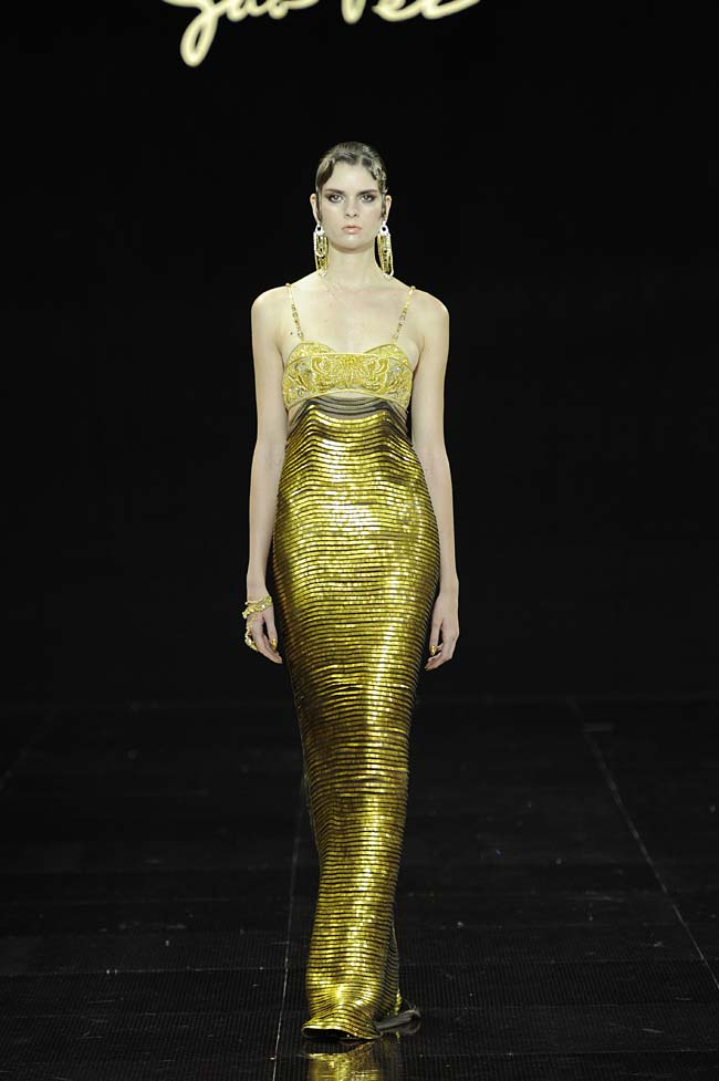 44-guo-pei-fw16-haute-couture-golden-color-one-piece-fall-winter-2016-17-dress