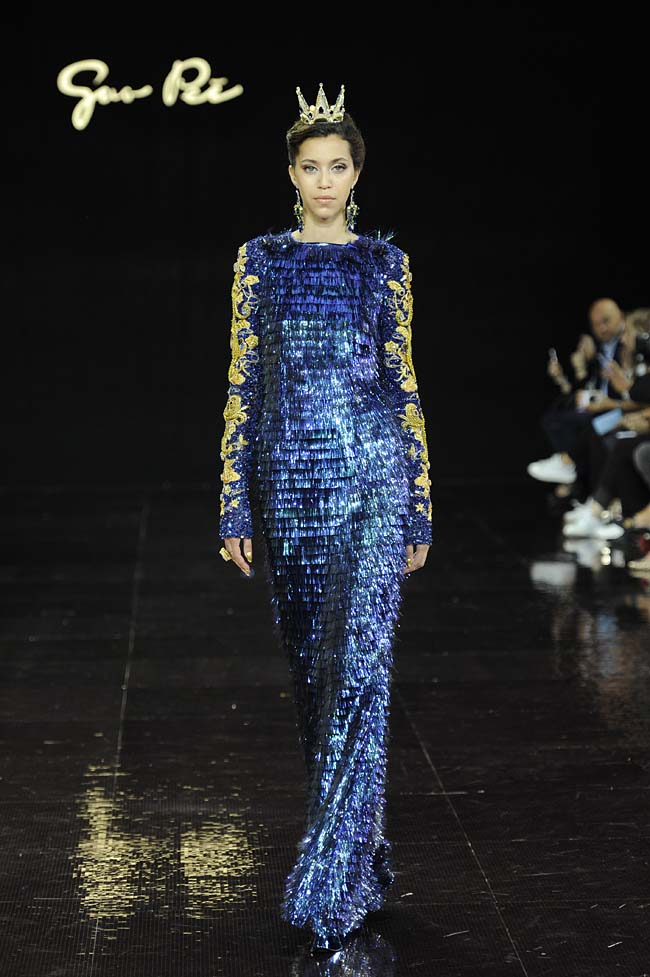46-guo-pei-fw16-haute-couture-navy-blue-layered-ggown-sleeves-fall-winter-2016-17