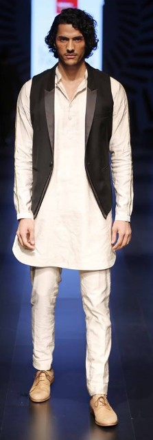 Indian Wedding Dresses For Men From Sangeet To Cocktail Party