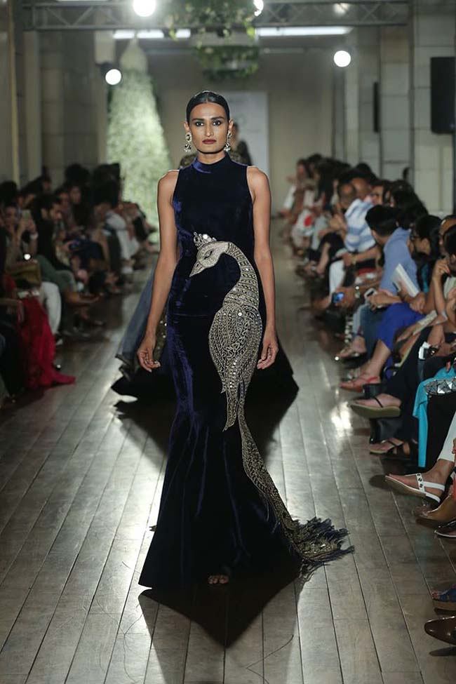 Manav-Gangwani-collection-2016-couture-week-gown (2)-navy-peacock