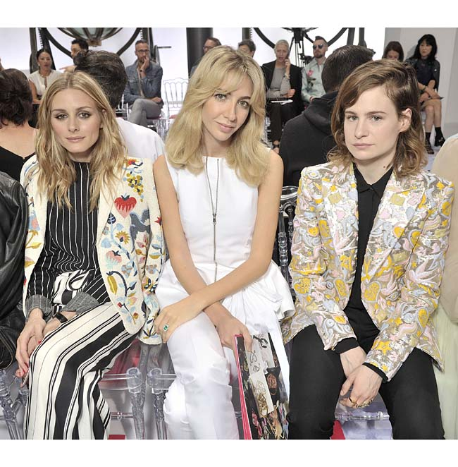 Olivia Palermo, Sabine Getty & Heloise Letissier_Christine and the Queens-schiaparelli-couture-fashion-show-fall-winter-2016-17-celebrities-pfw