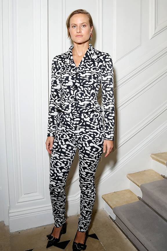 Olympia-Scarry-dior-fall-winter-2016-17-celebrity-styles-romper-black-whte