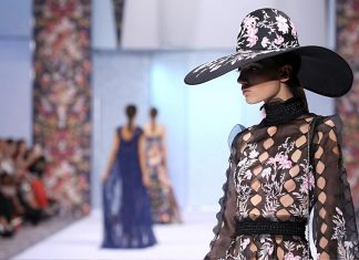 Ralph-&-Russo-AW16-fall-winter-2016-17-collection-couture-dress-hat