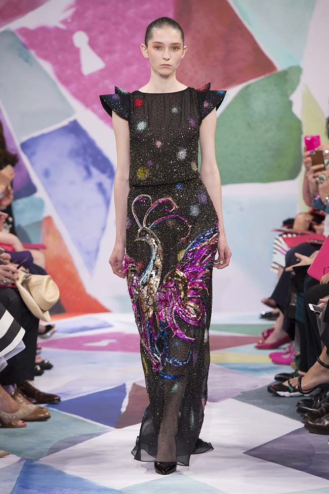 Schiaparelli_haute-couture-fashion-week-fw16-fall-winter-2016-17-collection (27)-black-peacock-gown