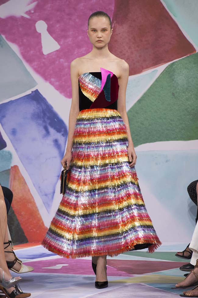 Schiaparelli_haute-couture-fashion-week-fw16-fall-winter-2016-17-collection (29)-multicolor-dress