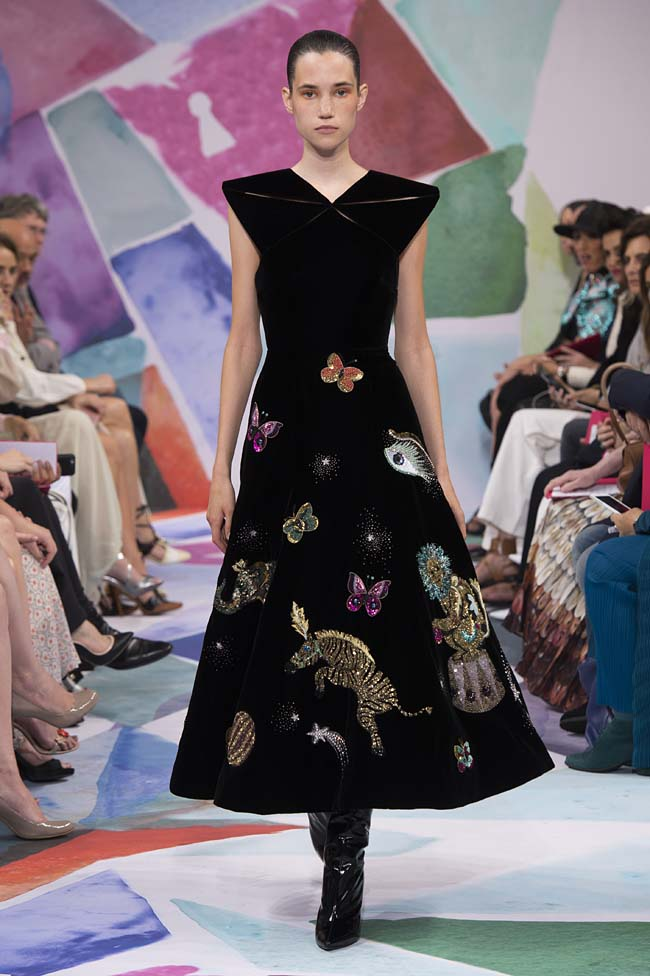 Schiaparelli_haute-couture-fashion-week-fw16-fall-winter-2016-17-collection (30)-animal-magic-dress