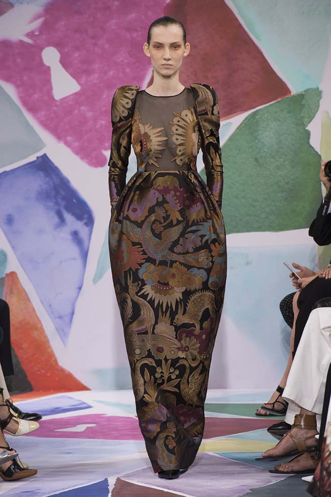 Schiaparelli_haute-couture-fashion-week-fw16-fall-winter-2016-17-collection (40)-duck-animal-pattern