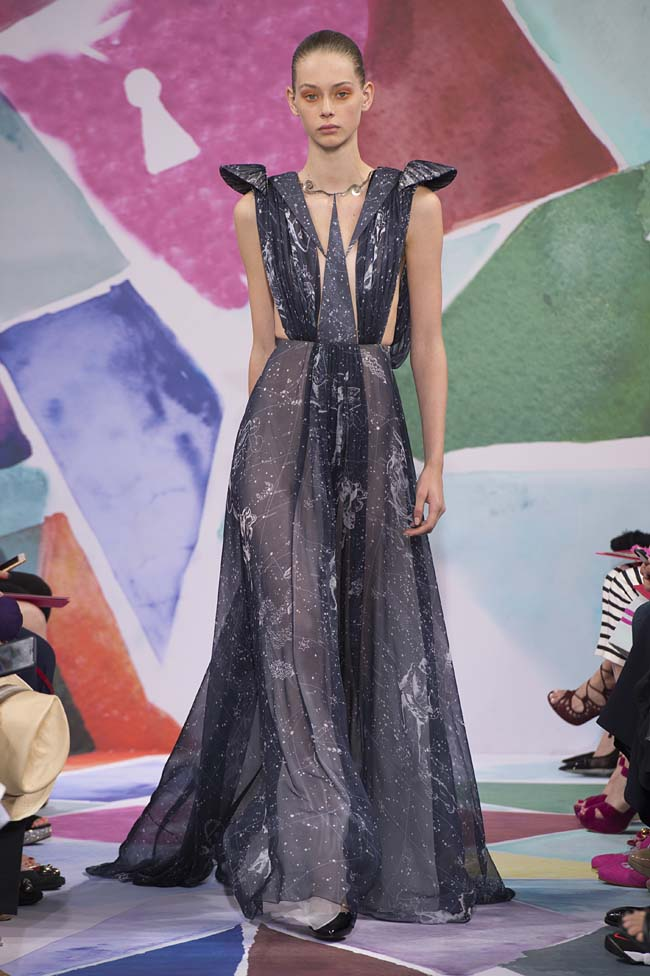 Schiaparelli_haute-couture-fashion-week-fw16-fall-winter-2016-17-collection (42)-midnight-blue-gown