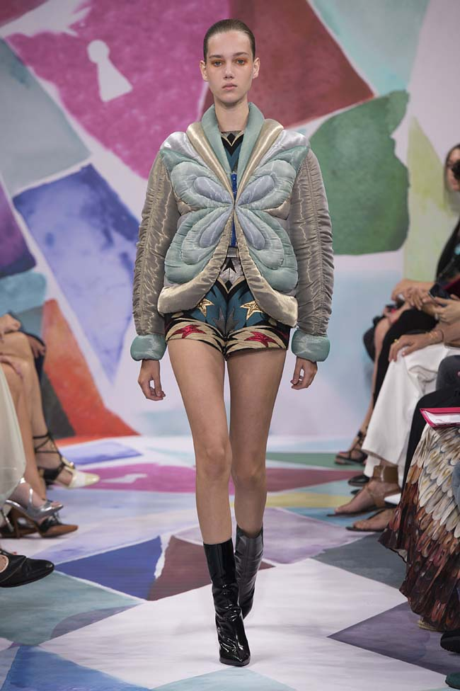 Schiaparelli_haute-couture-fashion-week-fw16-fall-winter-2016-17-collection (9)-jacket-flower-shorts-boots