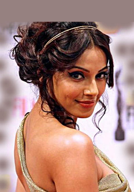 indian hair updo styles reception hairstyle and indian wedding hair style ideas 5390