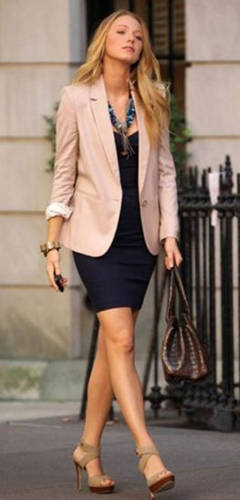 best-work-wear-ideas-for-pear-shaped-body-type-office-formals