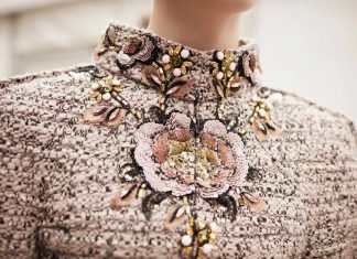 chanel-couture-details-embroidery-neckline-fall-winter-2016-fashion-show