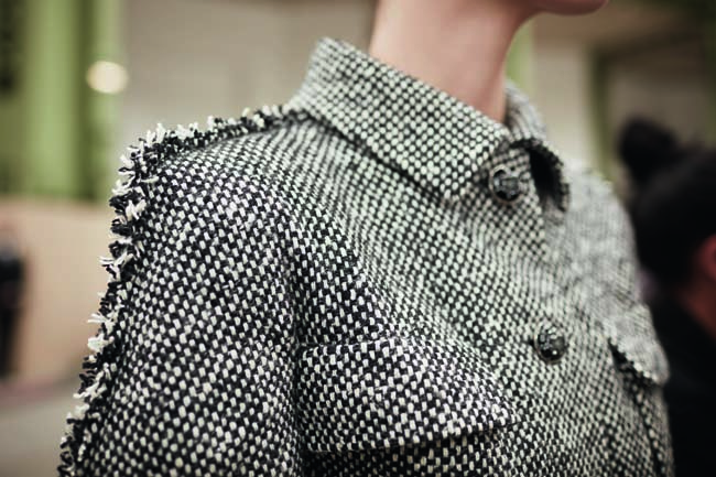 chanel-haute-couture-fall-winter-2016-17-fashion-collection-details (23)