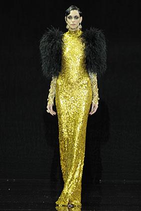 guo-pei-dress-fashion-week-show-fw16-couture-fall-winter-autumn-2016-gold-sequin