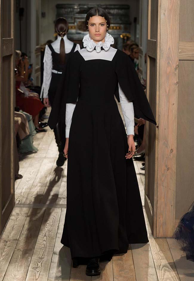 valentino-fall-winter-2016-couture-fashion-show-collection (4)-black-white-long-gown-designs