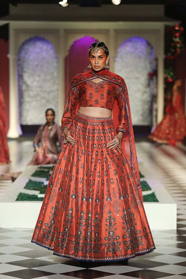 (2)-anita-dongre-designer-collection-red-lehenga-2016-printed-raw-silk-couture-dress